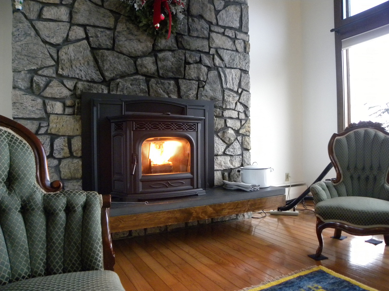 Your 2020 Guide to Choosing the Best Pellet Stove That'll ...