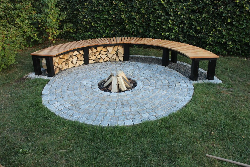 Flat Fire Pit with Bench